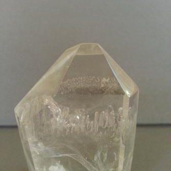 Crystal.manifestation.enhydro